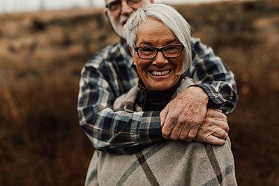 Senior couple together - p312m2191328 by Jennifer Nilsson