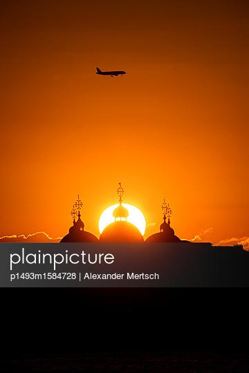 p1493m1584728 by Alexander Mertsch