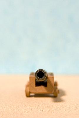 ancient cannon model - p1072m906793f by Saturno Dona