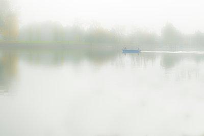Bodensee im Nebel - p1243m1553096 von Archer