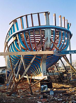 Ship building - p4530004 by Mylène Blanc