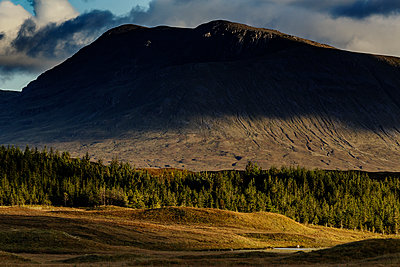 Highlands - p910m2008155 by Philippe Lesprit