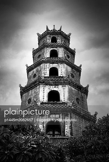 Thien Mu-Pagode in Vietnam - p1445m2082657 von Eugenia Kyriakopoulou