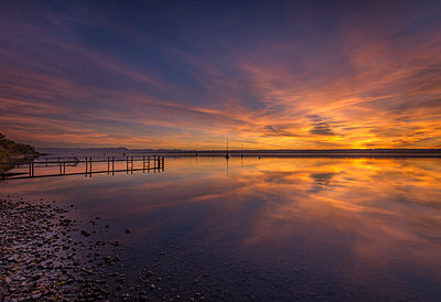 Germany, Bavaria, sunset at Ammersee - p300m1205464 by Michael Bottari