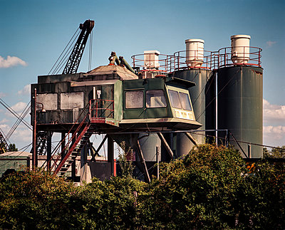 Concrete plant - p1088m891403 by Martin Benner