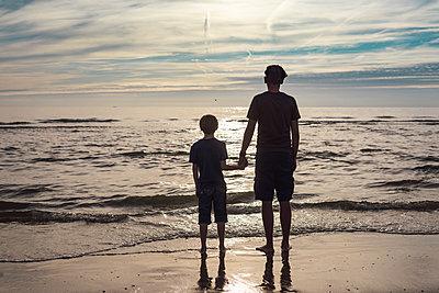 Vater und Sohn - p305m1171481 von Dirk Morla