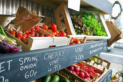 Crates of produce for sale - p429m662187f by Frank van Delft