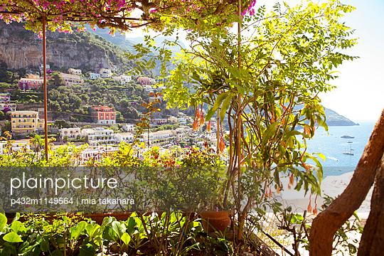 Schöne Aussicht in Positano - p432m1149564 von mia takahara