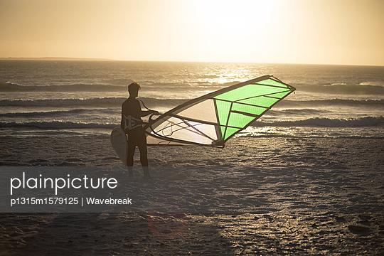 p1315m1579125 von Wavebreak