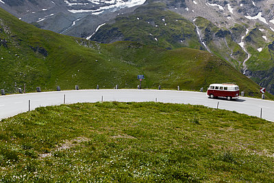 With the VW bus on the Grossglockner High Alpine Road - p1383m1480786 by Wolfgang Steiner