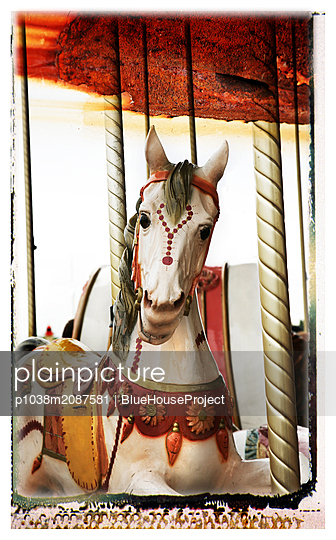 Carousel horse - p1038m2087581 by BlueHouseProject