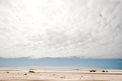 Storm on a beach;  New Zealand - p913m807888 by LPF