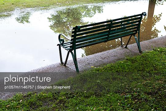 Regen - p1057m1146757 von Stephen Shepherd