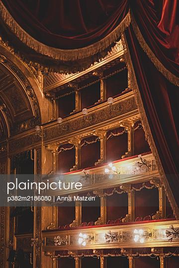 Teatro Massimo in Palermo - p382m2186080 by Anna Matzen