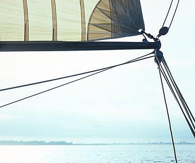 Segelschiff - p989m907256 von Gine Seitz