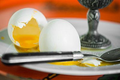 Breakfast eggs - p1418m1572005 by Jan Håkan Dahlström