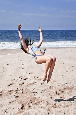 Back flip - p930m814905 by Ignatio Bravo