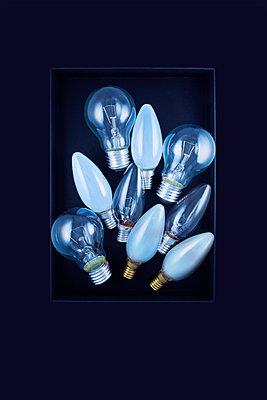 Glühbirnen - p1149m1590482 von Yvonne Röder