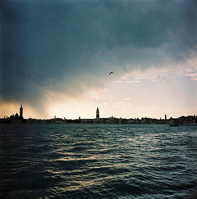 Venedig im Abendlicht - p56710128 von Sandrine Agosti-Navarri