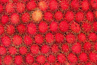 Rambutan Früchte - p7980180 von Florian Löbermann