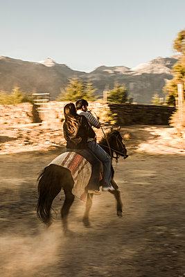 Colca Canyon - p1202m1061280 von Jörg Schwalfenberg