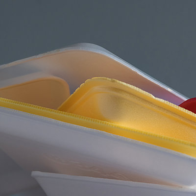 Plastic waste, stack of meat trays - p758m2183884 by L. Ajtay