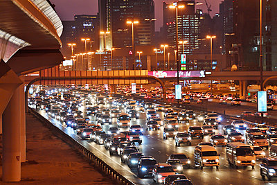 Dubai Internet City rush hour motorway traffic E11 - p1048m1512719 by Mark Wagner