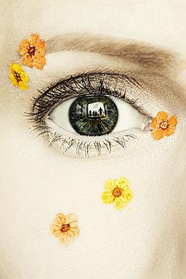 Das Fenster zur Seele - p1574m2147957 von manuela deigert