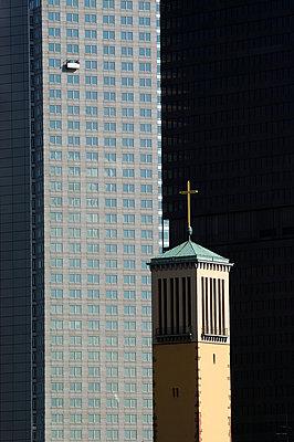 Matthäuskirche in Frankfurt/Main - p1354m1362114 von Kaiser