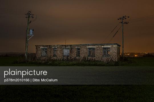 p378m2010166 von Dibs McCallum