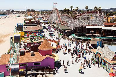 The Santa Cruz Boardwalk amusement park - p1094m890291 by Patrick Strattner