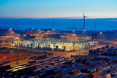 Containerterminal Bremerhaven - p1099m1525142 von Sabine Vielmo