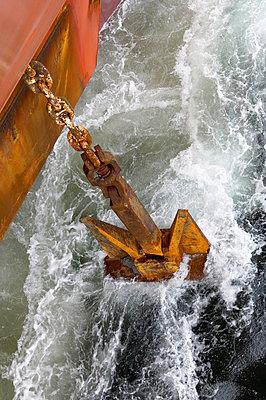 Casting the anchor - p1099m857139 by Sabine Vielmo