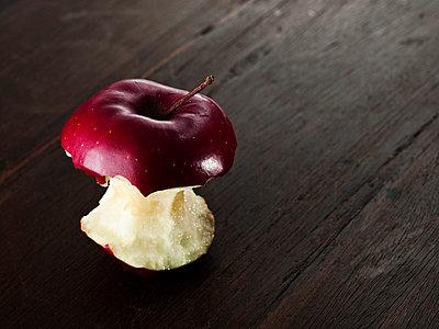 Red Apple - p5880094 by Bjoern