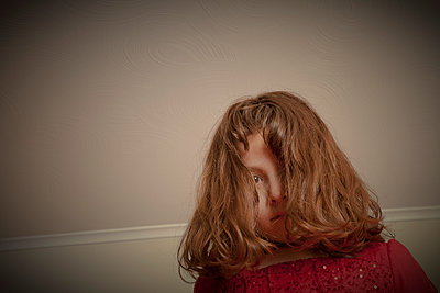 Little girl - p397m1028132 by Peter Glass