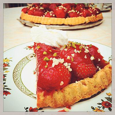 Strawberry cake with pistachios - p300m1009166f by Gaby Wojciech