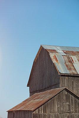 Old Barn Buildings - p1335m1362064 by Daniel Cullen