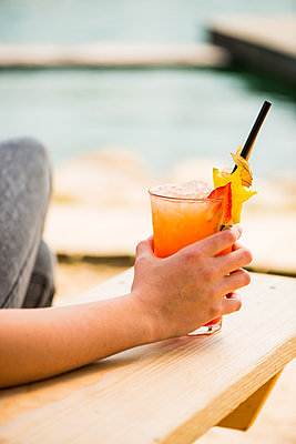 Cocktail - p1142m1065270 von Runar Lind