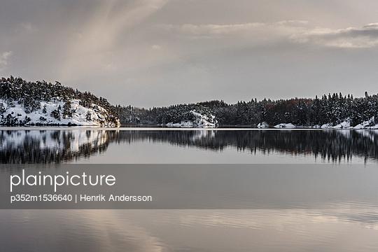 p352m1536640 von Henrik Andersson