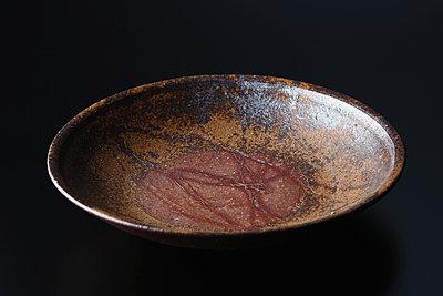 Japanese traditional pottery - p307m1106024f by Hideki Yoshihara