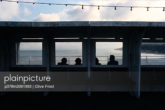 p378m2061993 von Clive Frost