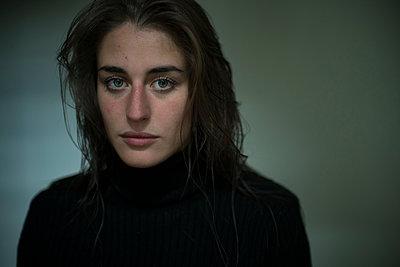 Portrait - p1321m1503160 by Gordon Spooner