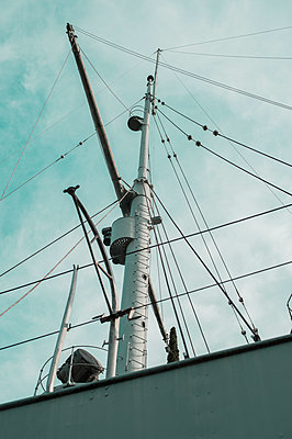 Altes Schiff - p947m2100602 von Cristopher Civitillo