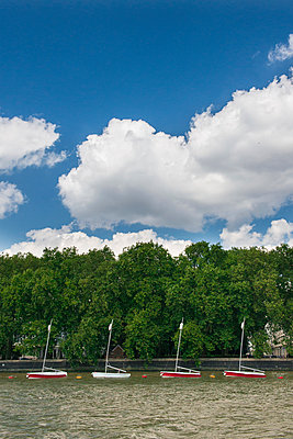Small boats in a row - p954m939185 by Heidi Mayer