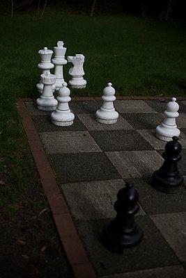 Schach im Park - p1064m1065712 von Esmeralda