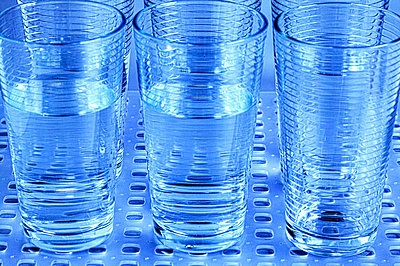 Plastic Drinking Glasses - p1100m2090953 by Mint Images