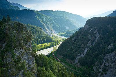 Graubünden, Flimser Bergsturz, Vorderrheintal - p1203m1071687 von Bernd Schumacher