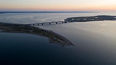 Brücke - p179m2093025 von Roland Schneider