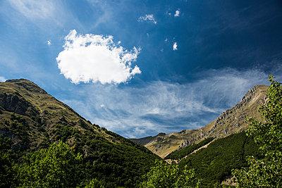 Einzelne Wolke - p081m741213 von Alexander Keller