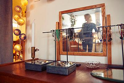 Display in shop - p312m1338631 by Johan Alp